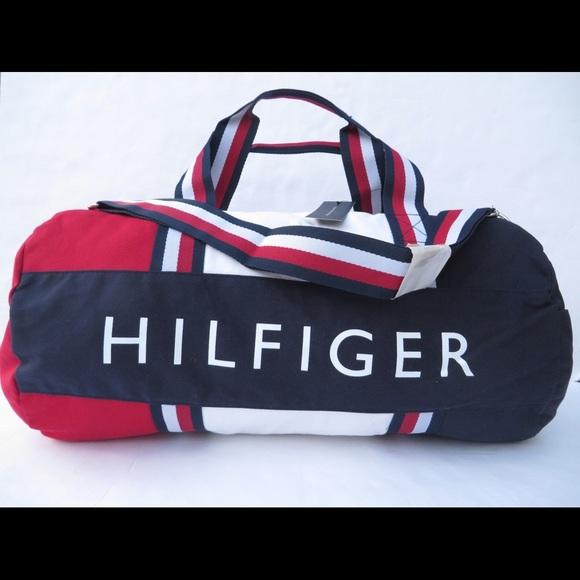 4f86c44743 new large tommy hilfiger duffle bag